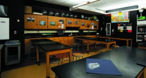 Picture of Voorhees High School Science Labe